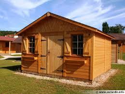 abris de jardin garages chalets en bois entretenez malin