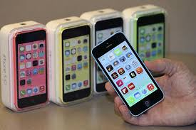 Apple iPhone 5s Vs 5c Why CEO Tim Cook Defends The Bud iPhone