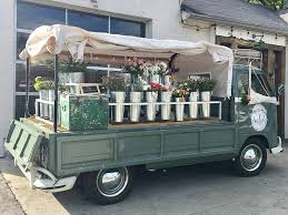 Amelias Flower Truck Nashvilles Mobile Shop In 12 South Nashville