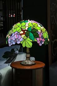 Tiffany Style Lamps Canada by 396 Best Tiffany Lamps Images On Pinterest Stained Glass Lamps