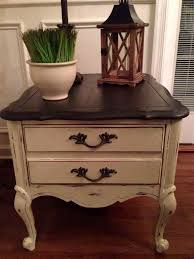 Vintage End Table With Lamp Attached by Best 25 Refinished End Tables Ideas On Pinterest Redo End