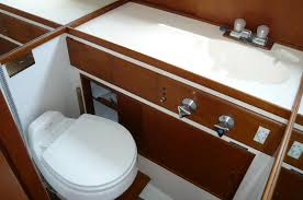 45 Ft Bathroom by 33 Ft American Marine Grand Banks 1973 Long Beach Denison