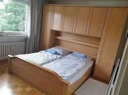 schlafzimmer komplett eiche natur mit überbau