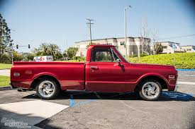 100 Classic Industries Truck 1971 GMC Pickup Candy Red Restomod