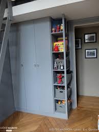 placard mural chambre cuisine un placard dans une chambre d enfant judith mathon cã tã