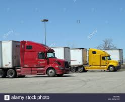 Tractor Trailers Parked At Truck Stop Stock Photo, Royalty Free ... Truck Stop America Stock Photos Images Road Tripping Across The Heartland With Kiddo Get Involved Travel Pictures Truck Trailer Transport Express Freight Logistic Diesel Mack Driver Wounds Man Kills Himself At Truck Stop Youtube Fuel Island Petro Raphine Virginia Classic Truckstop Gas Stations And Stops Of Days Gone By Aprs Boulot Our Life After Work May 2016 Worlds Largest Inrstate 80 Iowa Pinterest An Ode To Trucks An Rv Howto For Staying At Them Girl Big Rig Trucks In Parked Mojave California
