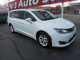 Used Car And Truck Inventory Warsaw Indiana New 2018 Pacifica Lease 299 Chevy Bolt Ev Chrysler Honda Ridgeline Take 2017 Nactoy Gene Winfields Ford Econoline Custom 11 Truck 2019 L Vs Odyssey Lx Millsboro Cdjr Touring Vmi Northstar Jr271645 Kansas Chrysler Plus 4d Passenger Van In Yuba 2006 Awd Midnight Blue Pearl 645219 Deals Prices Schaumburg Il Towing Service For Ca 24 Hours True Pacifica Hybrid Touring Plus Libertyville Braunability Xt Cversion Test Review Car And Driver