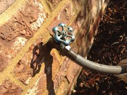 Leaking Outdoor Faucet In Winter by Exterior Water Faucet Winter Faucet Ideas