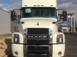 MACK TRACTORS SEMIS FOR SALE Custom Studio Sleepers Intertional Trucks For Sale In Ca 2001 Kenworth W900 Sleeper Truck For Sale Auction Or Lease House Nm What Do Luxury Cabs For Longhaul Drivers Look Like Cab Stock Photos Images Alamy Big Come Back To The Trucking Industry New 2018 Lvo Vnl64t860 Tandem Axle Sleeper 7081 Used 2012 Peterbilt 388 36 Flat Top Sleepers While Costly Can Ease Rentless Otr Lifestyle Market Llc