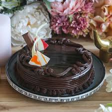 buy now chocolate kitkat cake home delivery at late