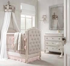 chambre bébé luxe déco chambre bébé le voilage et le ciel de lit magiques design feria