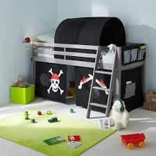 chambre garcon pirate comment décorer la chambre de votre enfant le top 20 but