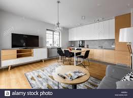 moderner offener raum küche mit wohnzimmer und großer