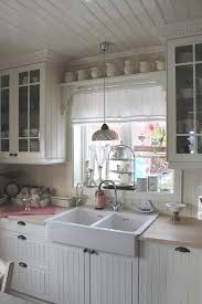 Cozy Shabby Chic Kitchen Decor