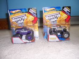 JC Motors Official: Walmart Finally Gets 2013 Hot Wheels Monster Jam ... 2017 Hot Wheels Monster Jam 164 Scale Truck With Team Flag King Trucks In San Diego This Saturday Night At Qualcomm Stadium Dennis Anderson Wiki Fandom Powered By Wikia Jds Tracker Krunch Vehicle Walmartcom Our Daily Post From The Emerald Coast Raminator Touring Houston As Official Of Texas Chronicle Race Colossal Carrier Mattel Toysrus Buy King Krunch Cheap Price On Atvsourcecom Social Community Forums View Topic Mudfest