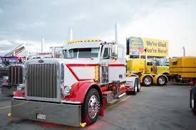 Truckers Jamboree Coming To Iowa 80 Truck Stop | Custom Big Truck ...