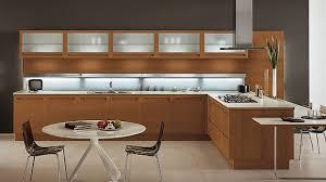 20 Sleek and Natural Modern Wooden Kitchen Designs