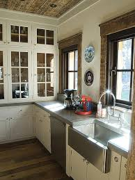 Best Kitchen Sink Material 2015 by Best 25 Stainless Steel Apron Sink Ideas On Pinterest Stainless