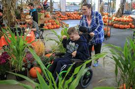 Pumpkin Patch Snohomish Wa by In Monroe A Pumpkin Patch For Those With Limited Mobility