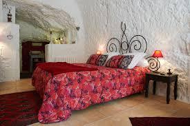 chambre d hotes rochecorbon chambre et suite troglodyte à tours 37 la tufolière