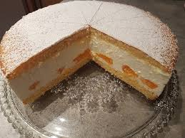 käsesahnetorte mit mandarinen