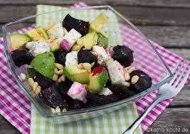 bunter rote bete avocado salat katha kocht