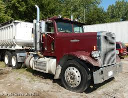 1985 Freightliner FLC Semi Truck | Item DB8323 | SOLD! Septe...