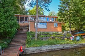 chalet sur l eau chalet bord de l eau lac 4 saisons maisons à vendre dans