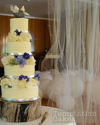 Buttercream Wedding Cakes Auckland 695 PLEASE NOTE That A 150 BOND Is Required On The 4