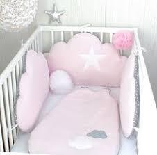 patron tour de lit bebe une idée de tour de lit de déco pour habiller le lit de bébé un