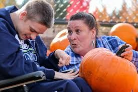 Fred Meyer Christmas Trees by In Monroe A Pumpkin Patch For Those With Limited Mobility