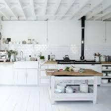 hängeschrank küche stauraum in luftiger höhe wohnnet at