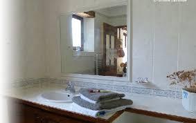 chambre d hote venasque chambres d hôtes et studio la chênaie à venasque dans le vaucluse