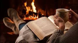 THE BEST FIREPLACE VIDEO 10 HOUR CRACKLING LOGS RAIN AND JAZZ