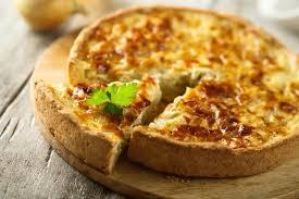 zwiebelkuchen mit speck und käse herzhafter kuchen aus hefeteig