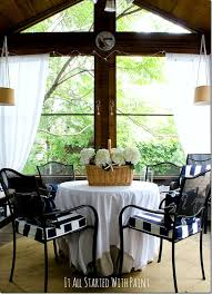 Screened In Porch Decorating Ideas by Screen Porch In Navy And White
