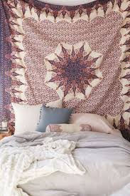 Urban Outfitters Bedding by Best 25 Urban Outfitters Tapestry Ideas On Pinterest Tapestry