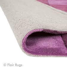 tapis aubergine pas cher tapis tufté aubergine squared flair rugs 120x170
