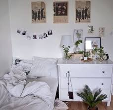 Cute Living Room Ideas On A Budget by 40 Cute Minimalist Dorm Room Decor Ideas On A Budget Minimalist