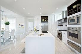 cuisine blanche design cuisine minimaliste en blanc pour tous ceux qui aiment l espace