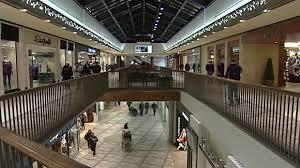 rideau shopping centre stores s secret j crew new stores in rideau centre