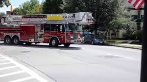 Rochester NH FD Engine 5 And Ladder One Responding - YouTube