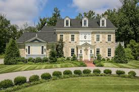 3 Or 4 Bedroom Houses For Rent by Million Dollar Homes Selling Well In Louisville This Year