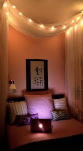 Cool DIY Bedroom Lighting Decoration Ideas