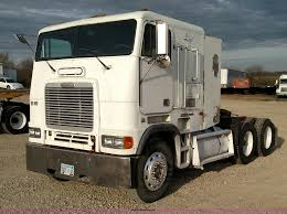 100 Semi Trucks For Sale In Kansas 1999 Freightliner FLB High Semi Truck Item L7472 SOLD A