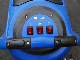 Clarke Floor Scrubber Pads by Clarke Ca30 17e Cord Electric And 20b Battery Powered Scrubber