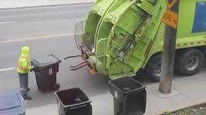 Virtuoso Scavenger. Garbage Collection In Toronto - YouTube