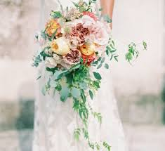 15 questions you need to ask your wedding florist