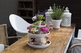 Amazing Of Garden Table Decor Easy Summer Centerpiece Perfect For A Wedding