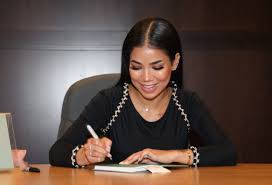 Special Look Jhene Aiko Supports